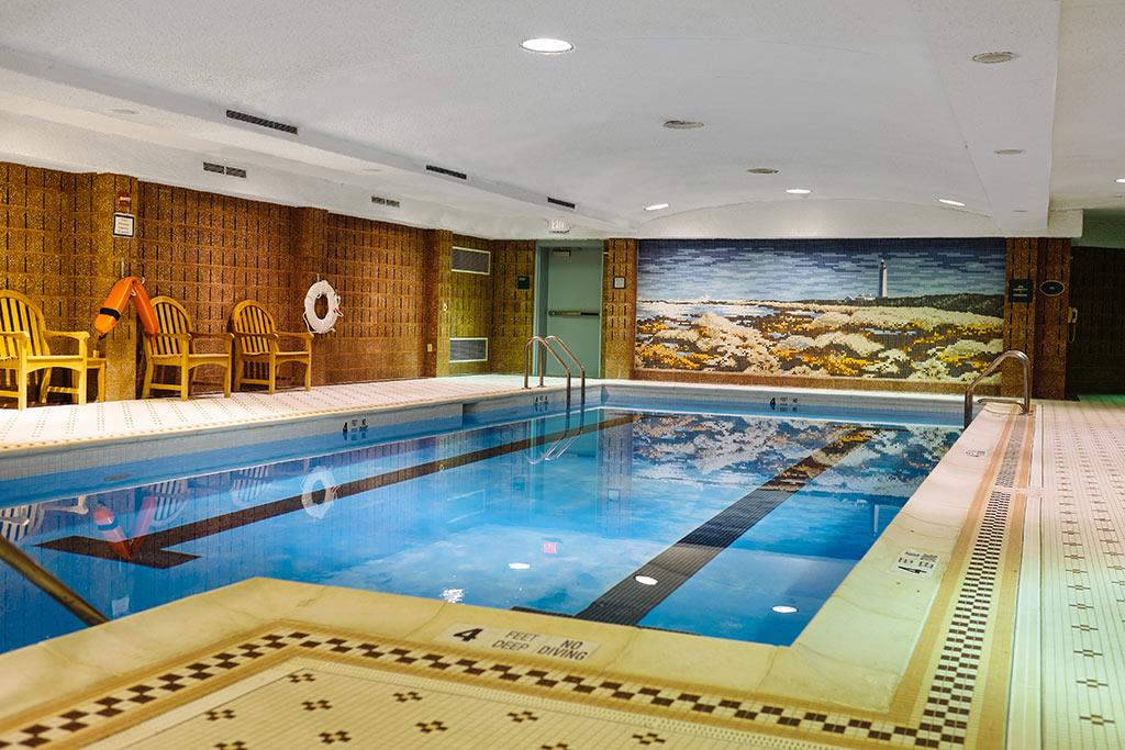 Glen-Eddy-Lobby-Pool