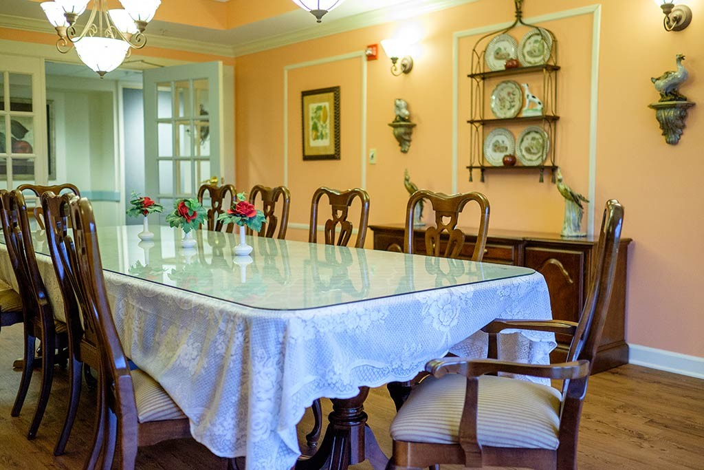 Hiland Meadows large table